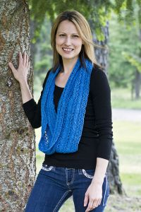 Cable and Eyelet Cowl