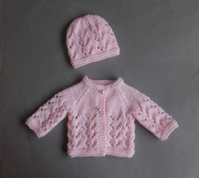 Preemie Knitting Patterns Free : Knitting Patterns Galore - Little Bibi - Preemie Baby Set