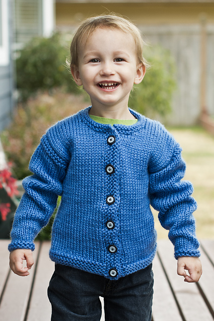 Knitting Pattern Weekend Cardigan : Knitting Patterns Galore - Childs Weekend Sweater