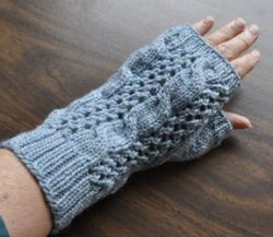 Cables 'n Lace Mitts