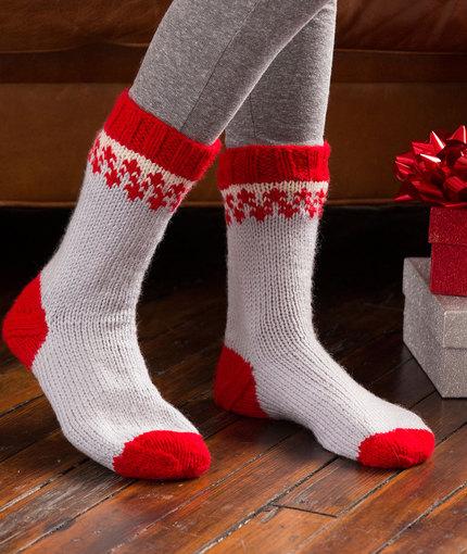 Knitting Patterns Galore - Christmas Morning Slipper Socks