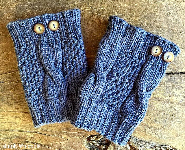 Knitted Boot Cuff Free Patterns : Knitting Patterns Galore - Simple Cable Boot Cuffs