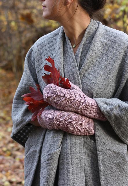 Knitting Patterns Galore - Lyra