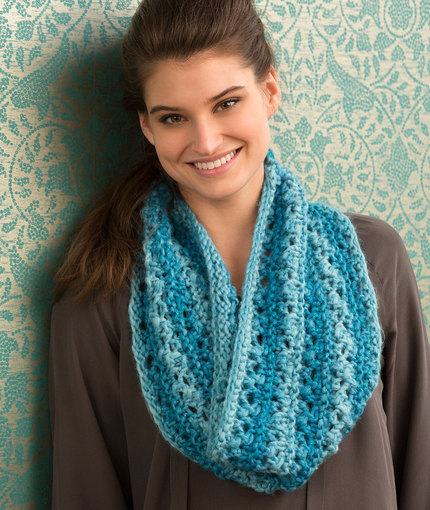 Easy Lace Cowl Knitting Pattern : Knitting Patterns Galore - One Ball Lace Cowl