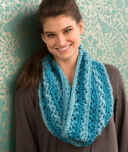 Knitting Patterns Galore - One Ball Lace Cowl