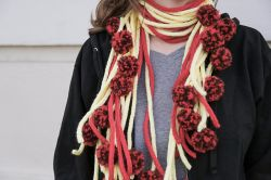 Spaghetti and Meatball Scarf