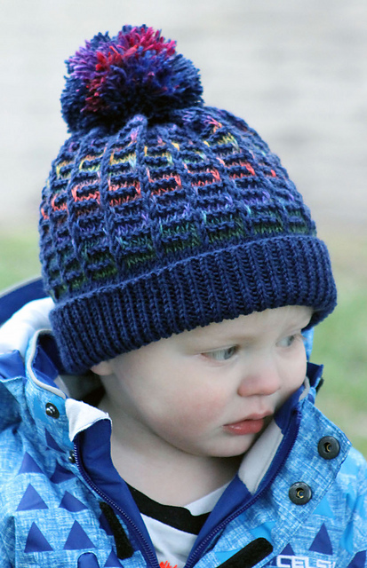 Knitting Patterns Galore Hats : Knitting Patterns Galore - Rainbow Maze Hat