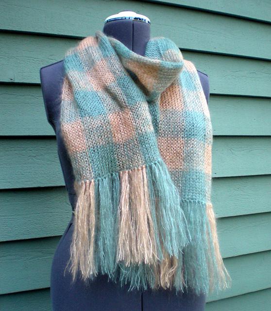 Knitting Pattern Tartan Scarf : Knitting Patterns Galore - Etherial Plaid Scarf