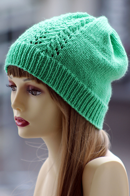 Free Knitting Patterns For Lace Hats : Knitting Patterns Galore - Vine Lace Hat