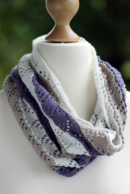 Knitting Patterns Galore Crystal And Pearl Cowl