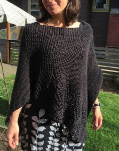 Simple Poncho with Lacey Edge