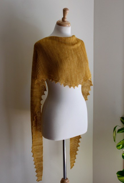 Knitting Patterns Galore Jagged Triangular Scarf