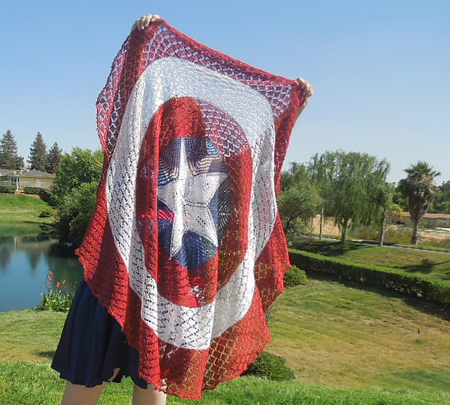 Captain America Knitting Pattern : Knitting Patterns Galore - Captain America Shield Shawl