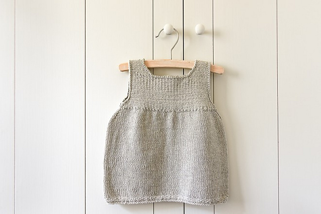 7e37967d3216 Knitting Patterns Galore - Clean + Simple Baby Dress