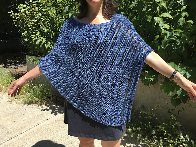 Knitting Patterns Galore - Simple Poncho with Lacey Stripes
