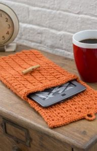 Cabled e-Reader Cozy
