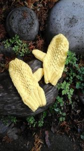 Flutter-Your-Fan Mittens