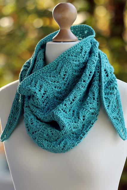 Knitting Patterns Galore True Blue Shawlette