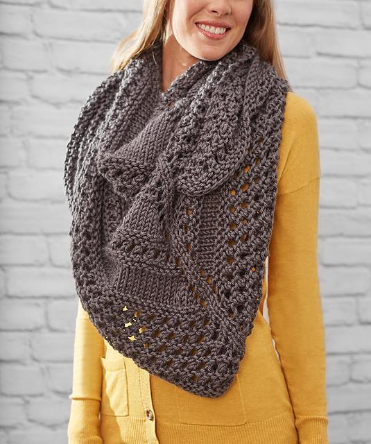 Knit Triangle Shawl Pattern Free : Knitting Patterns Galore - Textured Triangle Shawl