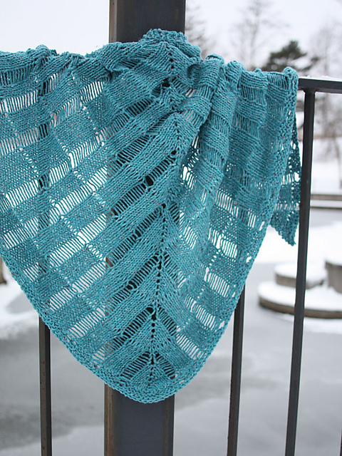 Knitting Patterns Galore - Windlass Shawl