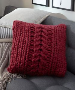 Oversized-Cable Pillow