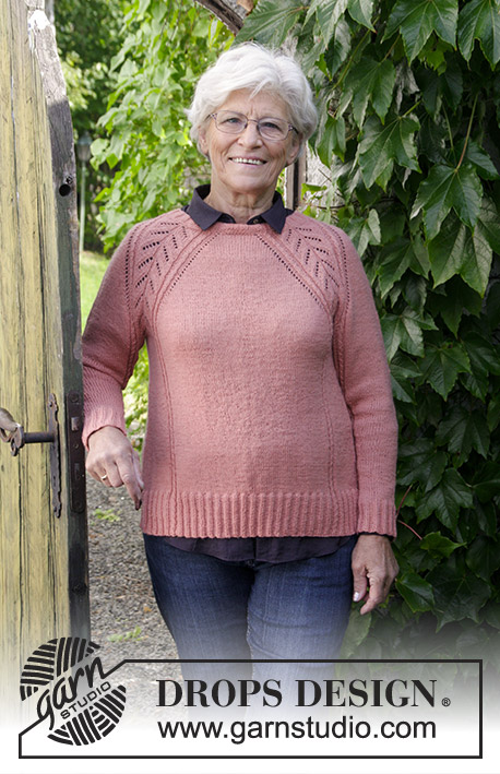 f4127aed6 Free knitting pattern using fingering-weight yarn. Pattern attributes and  techniques include  Crew Neck