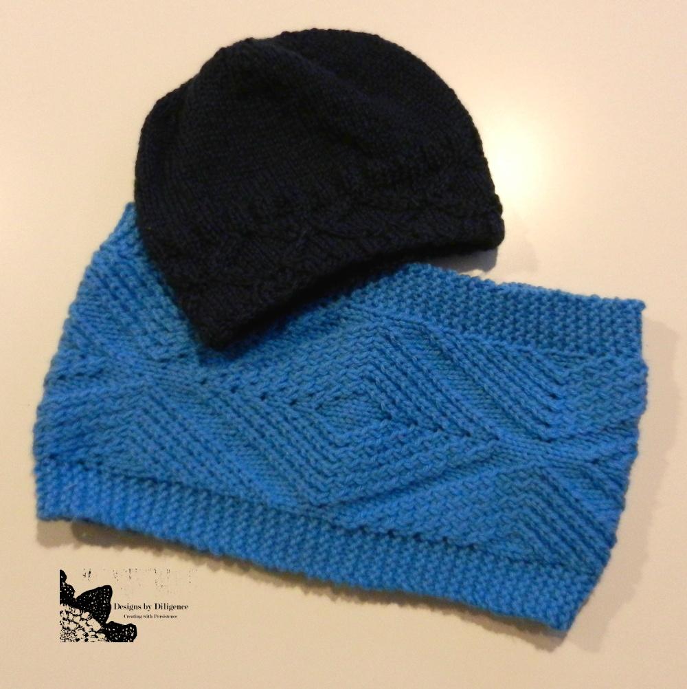 Knitting Patterns Galore - Diamond Dimensions Neck Warmer