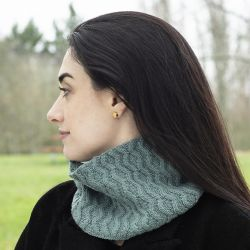 Japanese Current Cowl