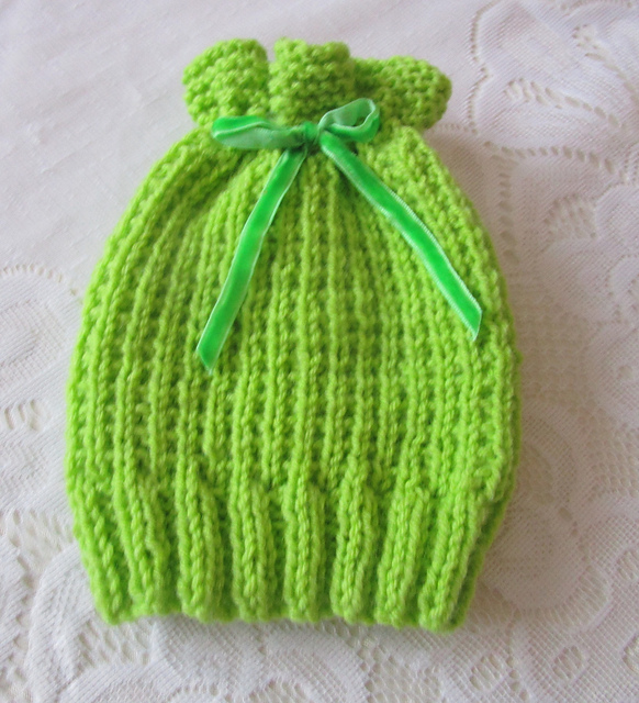 Knitting Patterns Galore - Apple Blossom Baby Hat