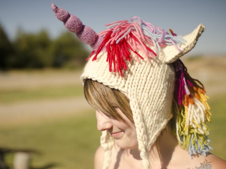 Knit Unicorn Hat Pattern : Knitting patterns galore unicorn hat