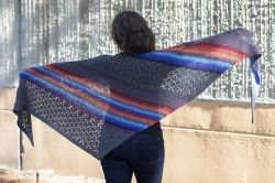 7th Inning Stretch Shawl
