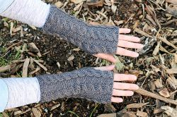 Cabled Cabin Mittens
