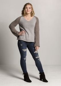 Two Toned Bellsleeve Sweater