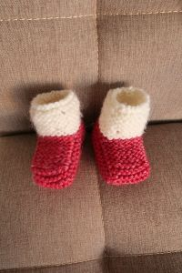 Strawberry Seed Baby Booties