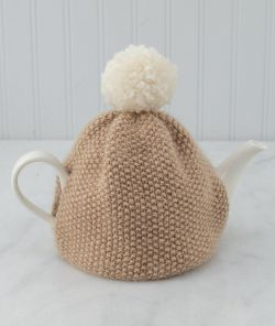 Seed Stitch Pompom Tea Cozy