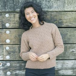 Hollow Oak Pullover