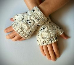 Fingerless Gloves - with OWLS!
