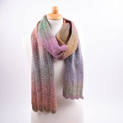 Scarf in zigzag