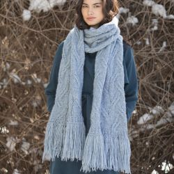 Staggered Cable Scarf