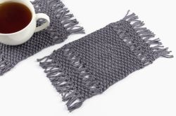 Waterfall mug rugs