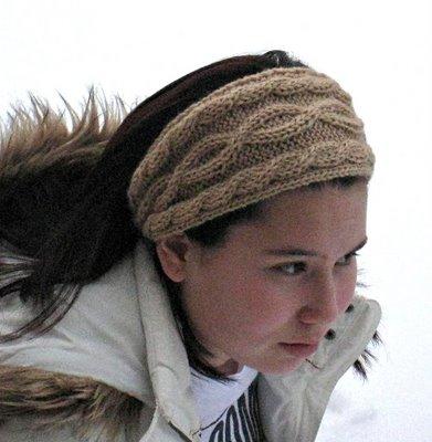 Knitting Patterns Galore - Julias Cabled Headband