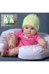 Baby and Toddler Slippers and Beanie