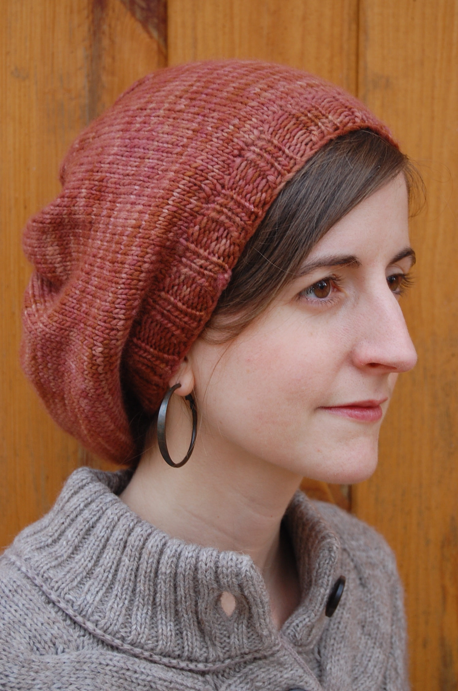 Free Knit Pattern For Boot Toppers : Knitting Patterns Galore - Parisian Slouch Hat