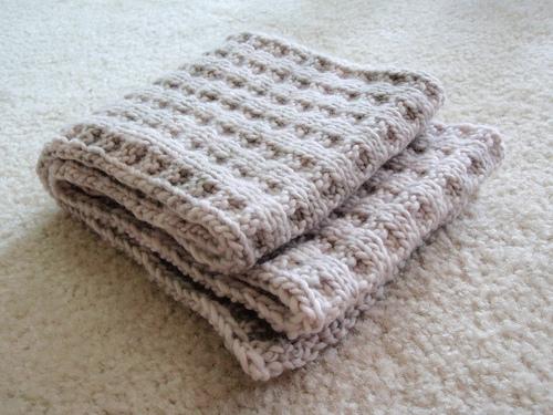Malabrigo Knitting Patterns : Knitting Patterns Galore - Malabrigo Waffles Scarf