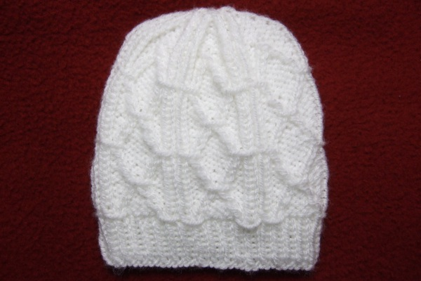 Diamond Trellis Baby Hat for Straight Needles Free Knitting Pattern.  Diamond Trellis Baby Hat for Straight Needles e7eb2977591