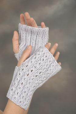 Driving Gloves Knitting Pattern : Knitting Patterns Galore - Eyelet Driving Gloves