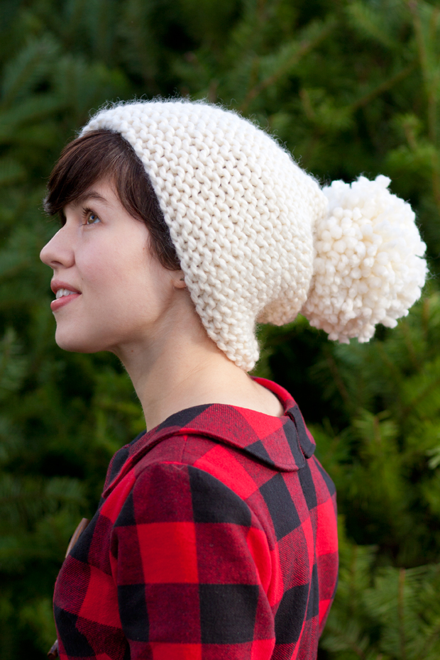 Knitting Patterns Galore - Anthropologie-Inspired Pom-Pom Hat