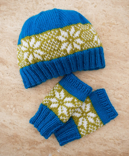 Knitting Patterns Galore - Winter Star Hat & Glove Set