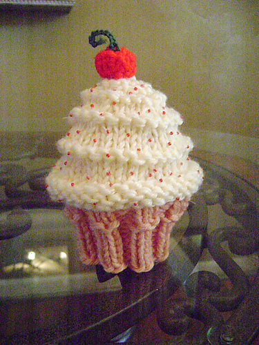 Knitting Patterns Galore Very Vanilla Cupcake Hat