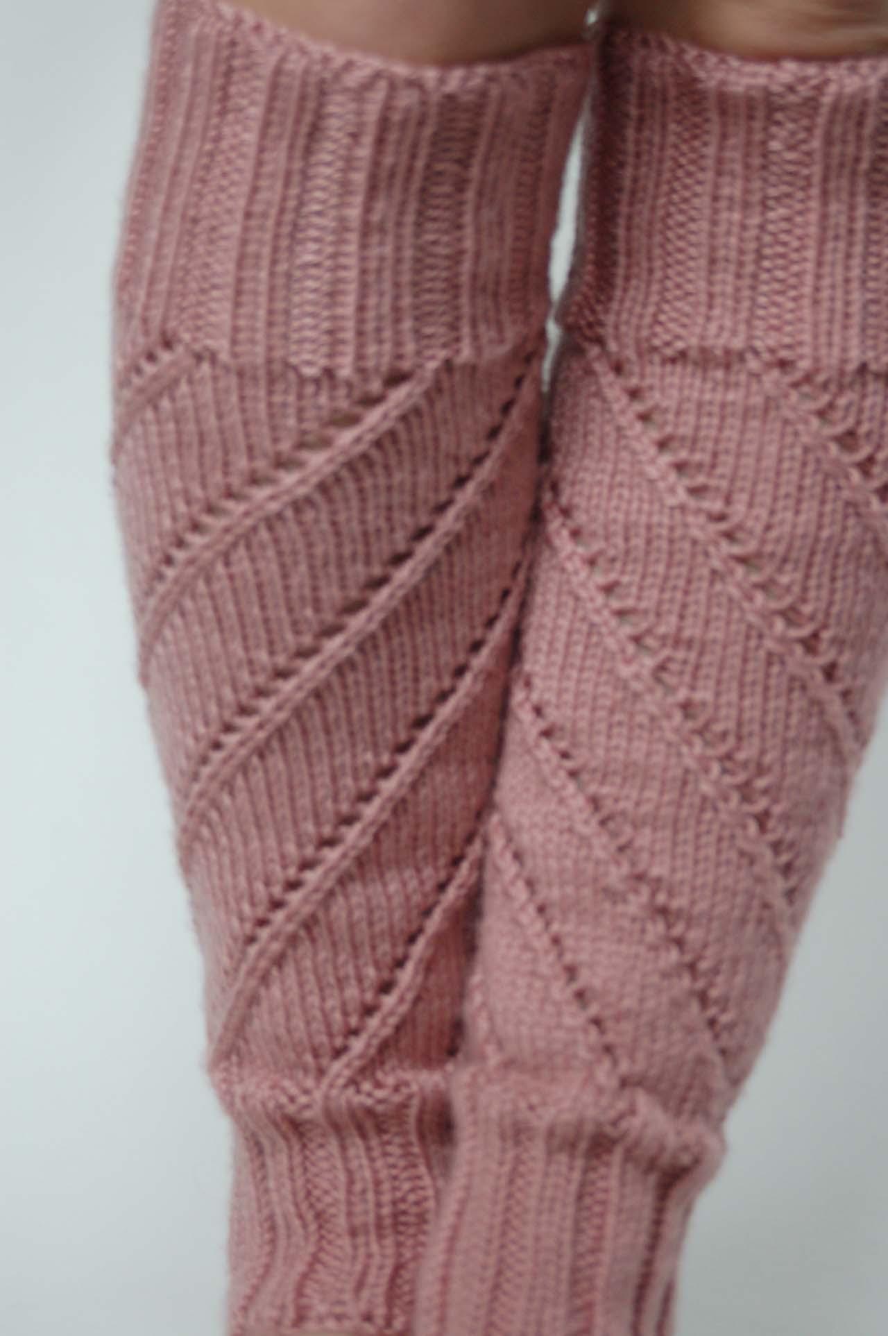Knitting Patterns Galore - Spiral Legwarmers